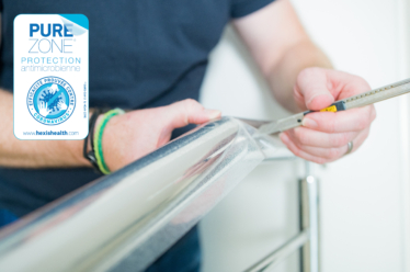 Une étude de cas à l'hôpital universitaire de Bâle confirme la grande efficacité d'un revêtement antimicrobien sur les films adhésifs